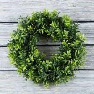 New Opal Basil Leaf Round Wreath